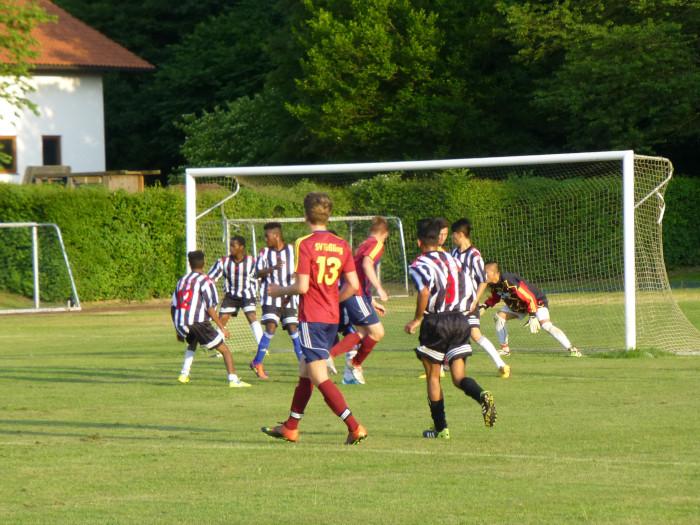 Fussball Verbindet Mehr Erfolg Beim Lernen